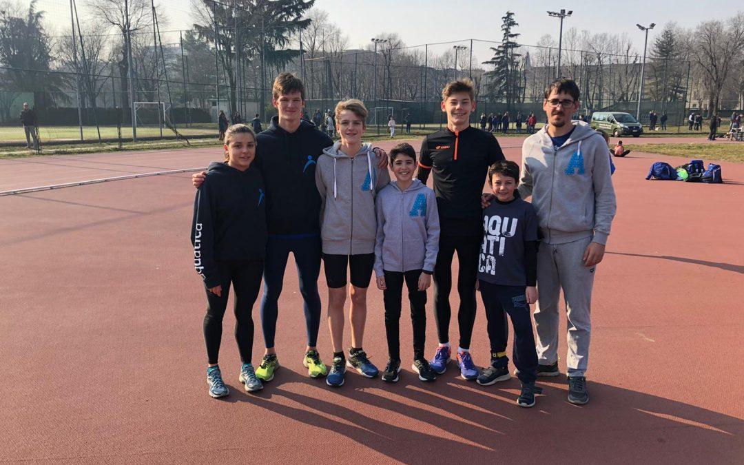 Triathlon: esordio stagionale positivo per i giovani atleti dell'Aquatica